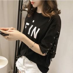 Ukawaii取り入れたい韓国アルファベット半袖Tシャツ