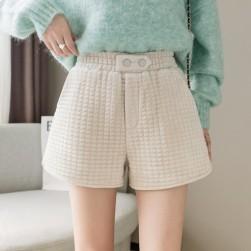 Ukawaii暖かい シンプル 無地 3色 着やすい ショートパンツ