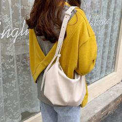 Ukawaii元気いっぱい! 韓国ファッション 新作 レトロ シンプル ins人気 斜め掛け 肩掛け 通勤 バッグ ショルダーバッグ