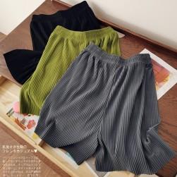Ukawaii 上品な可愛さ 3色展開 無地 ゆったり 夏 シンプル おしゃれ ハーフパンツ